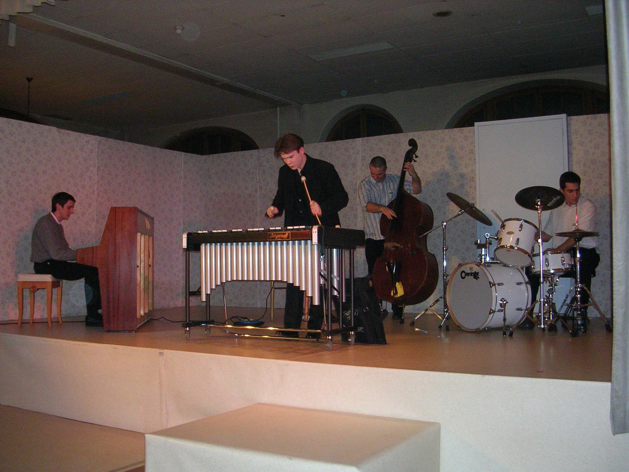 World Fest Music juin 2005 Chateau Landon