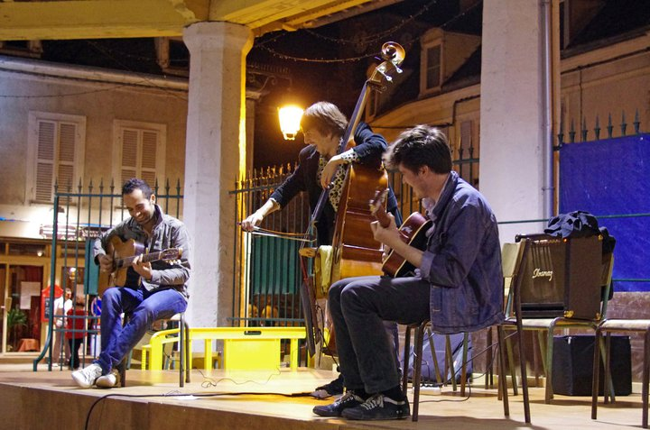 Diner concert jazz manouche Kamirane samedi 26 mai  Burhiers 77